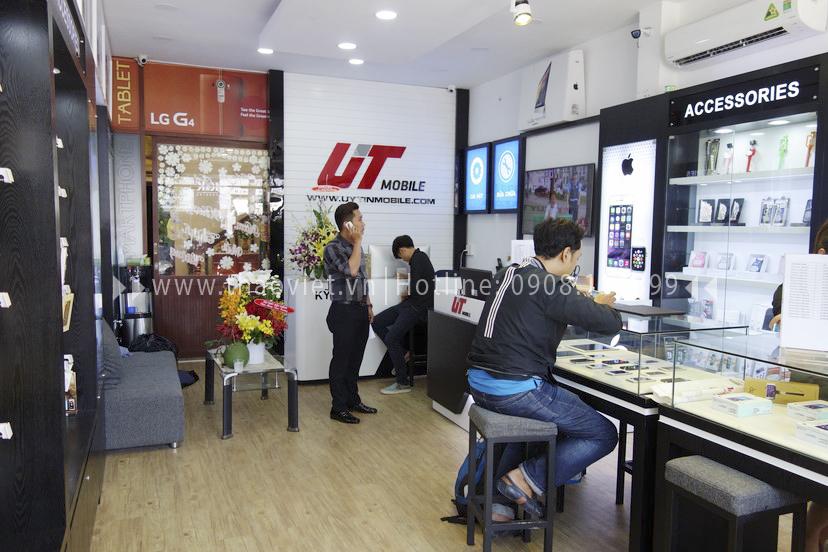 hình ảnh thực tế shop điện thoại Uy Tín 6